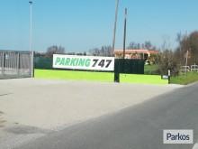 parking-747-in-parcheggio-7