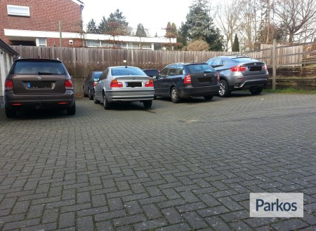Airport Parking Service Maastricht foto 1