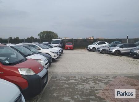 Area 4 Parking (Paga online) foto 9