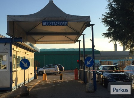 Blu Parcheggio (Paga in parcheggio) foto 2