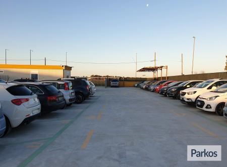Car Parking FCO (Paga in parcheggio) foto 1