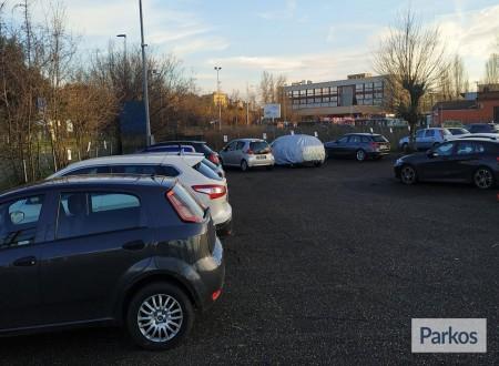 Car & Fly Parking Firenze (Paga in parcheggio) foto 2