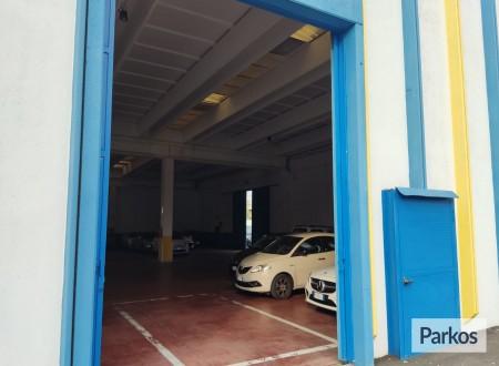 Azzurro Caravaggio Parking (Paga in parcheggio) foto 1