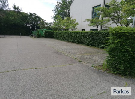 Carpark Bayern Schwaig photo 2