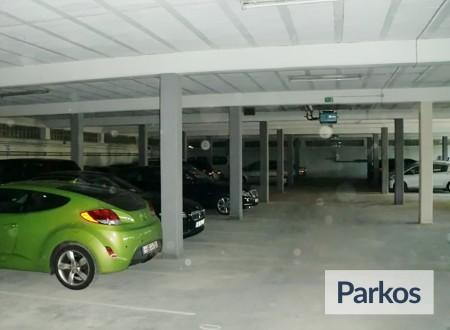 Parken Airport Hahn foto 2