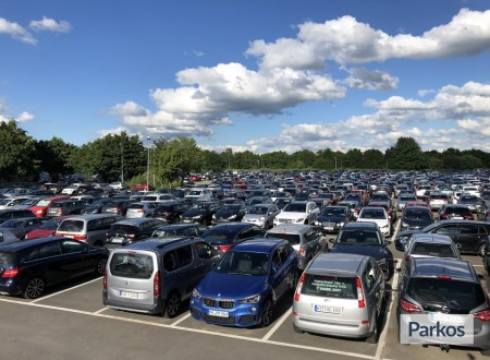 Drive & Park Lohausen photo 3
