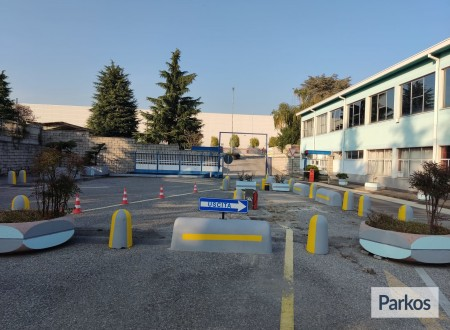 Evoluzione Blu Parcheggio (Paga online) foto 2