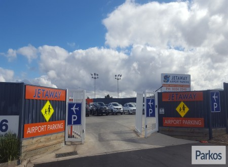 Jetaway airport parking photo 2