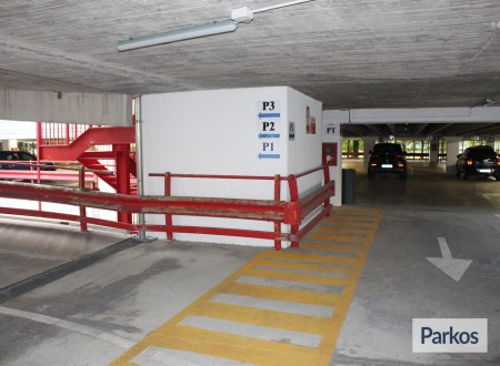 Le Torri Parking (Paga in parcheggio) photo 9