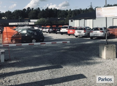 Nearby Airport Parking Arlanda foto 3