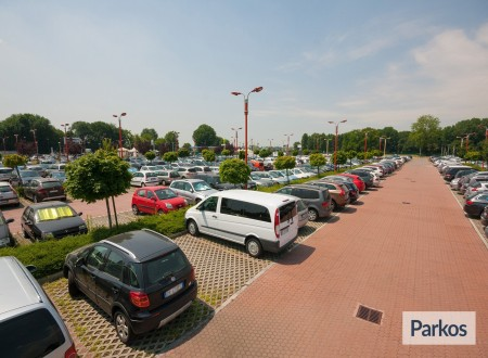 New Linate Parking (Paga online) foto 6
