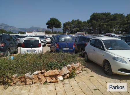 Orange Airport Parking (Paga online) foto 4