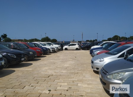 Orange Airport Parking (Paga online) foto 6