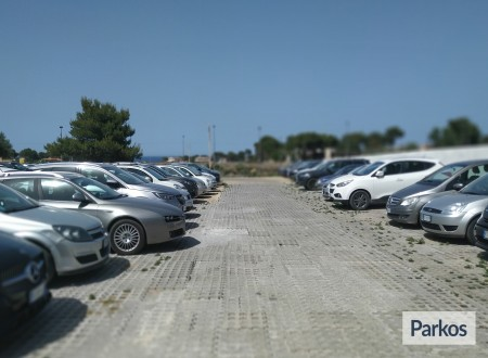 Orange Airport Parking (Paga online) foto 7