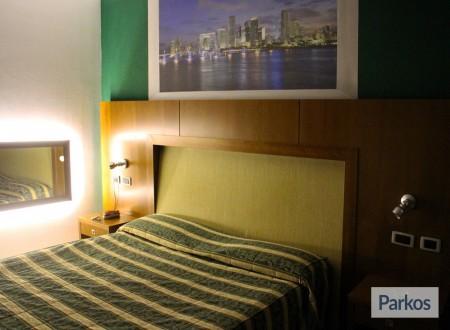 Orange Hotel (1 notte + parcheggio) (Paga online) photo 5