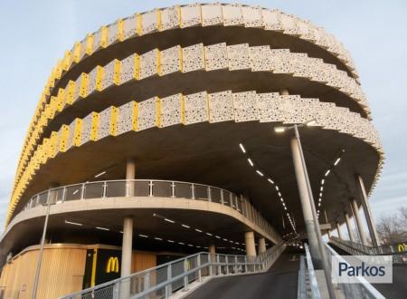 P1 Eindhoven Airport foto 4