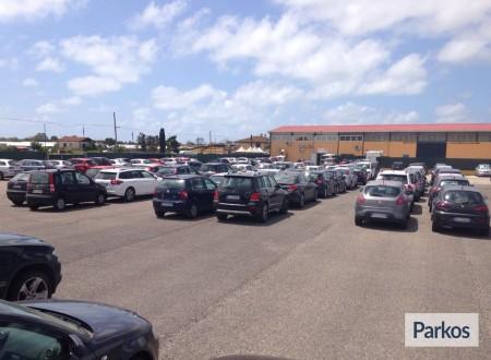 Parcheggio a Fiumicino (Paga in parcheggio) foto 5