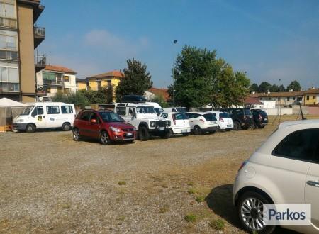 Parcheggio Aeroporto Firenze foto 4