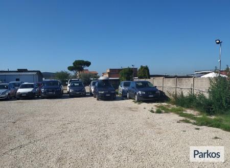 Parcheggio Ferrari (Paga online) foto 6