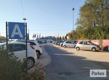 Parcheggio Marco Polo (Paga online) photo 4