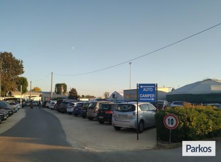 Parcheggio Marco Polo VIP (Paga online) photo 9
