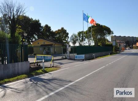 Parcheggio Triestina (Paga in parcheggio) photo 1