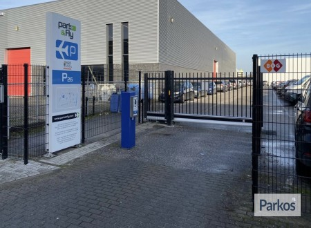 P26 Eindhoven Airport Park & Fly photo 1