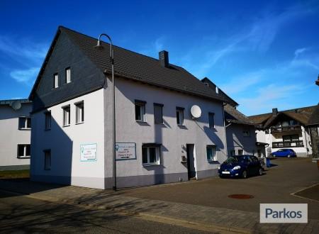Parkhof Hahn photo 3