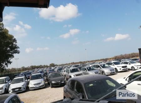 Parking 747 (Paga in parcheggio) foto 2