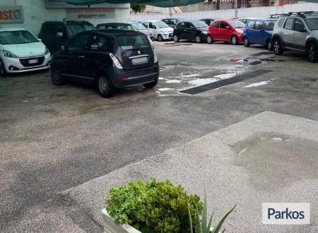 Parking Vasto 2 (Paga in parcheggio) foto 2