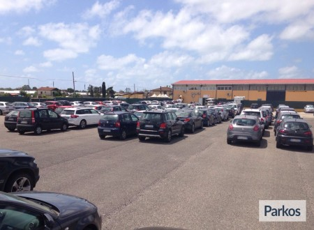 Parcheggio a Fiumicino (Paga online) foto 1