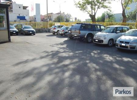 Pegaso Parking foto 3