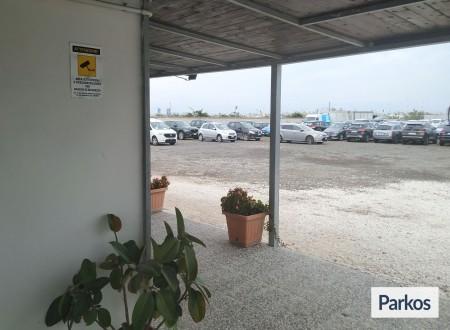 Picchiarelli Parking (Paga in parcheggio) foto 1