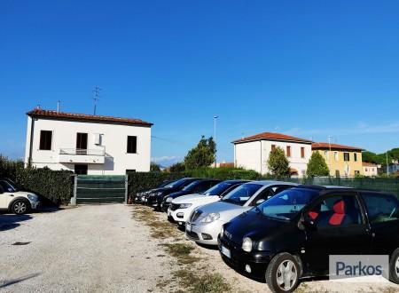 Pisa Park (Paga online o Paga in parcheggio) foto 1