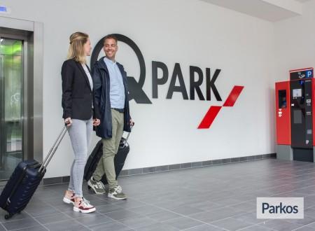 Q-Park Park+Fly Amstelveen (No Shuttle - Free Bus Connection) foto 6