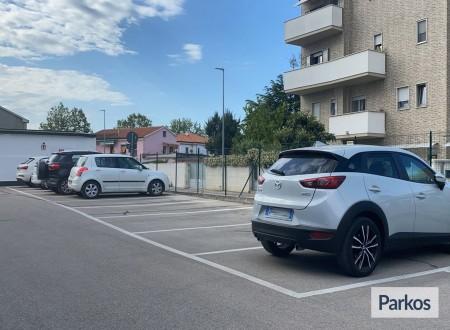 Red Parking (Paga online) foto 1