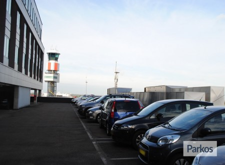 Shuttle Parking Rotterdam Airport foto 7