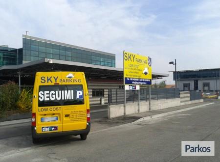Sky Parking (Paga in parcheggio) foto 7