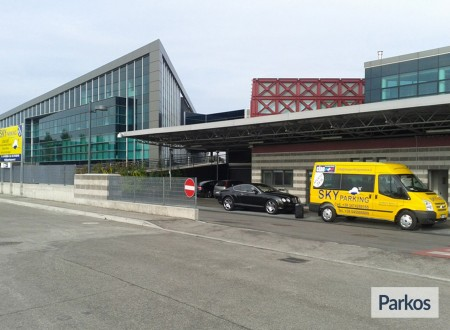 Sky Parking (Paga online) foto 2