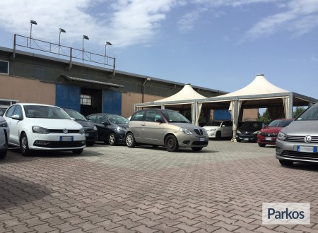 Tomass Parking (Paga online) foto 1