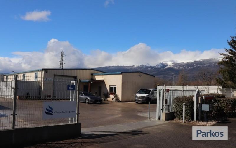 parking Aéroport Genève fournisseur paquets