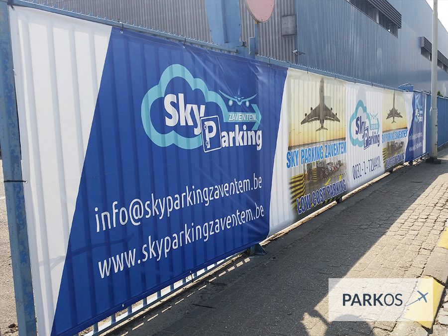 sky parking zaventem vind reviews beoordelingen en prijzen. Black Bedroom Furniture Sets. Home Design Ideas